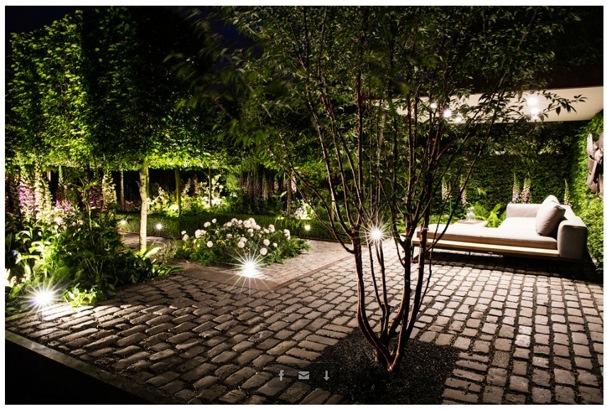 Garden at night with lighting by ME Lighting